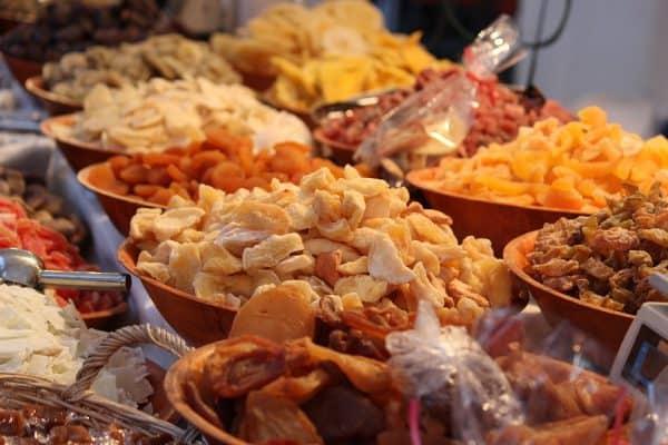 Die besten Snacks für deine nächste Reise