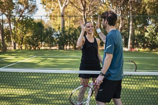 Tennis: Der perfekte Sport für Freunde