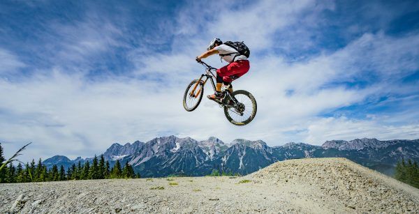 Action, Adrenalin & angstbefreit – Triple A für den Bikepark Schladming